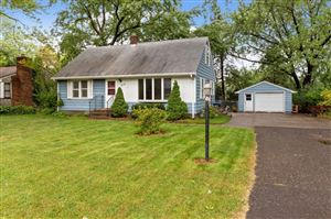 Photo of 715 County Road B2 W, Roseville, MN 55113 (MLS # 5316870)