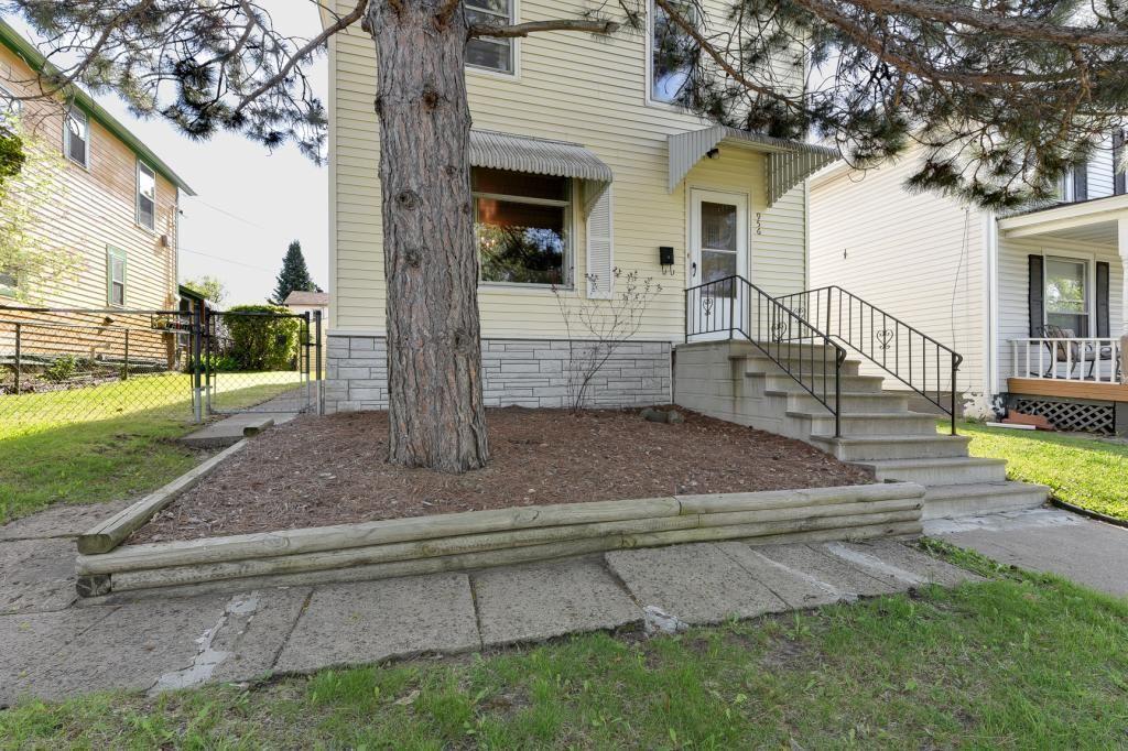 956 Earl Street, Saint Paul, MN 55106 - #: 5350879