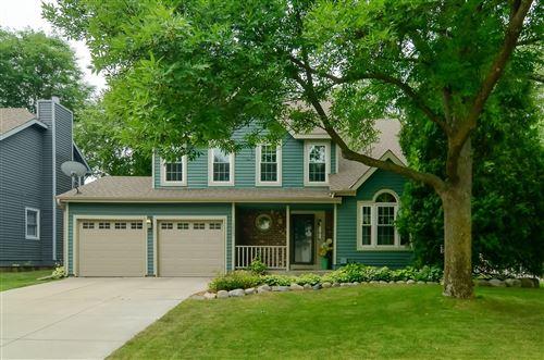 Photo of 13603 Berkshire Lane, Eden Prairie, MN 55347 (MLS # 6071880)