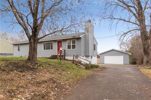 Photo of 16050 Hilltop Road, Eden Prairie, MN 55347 (MLS # 5688893)