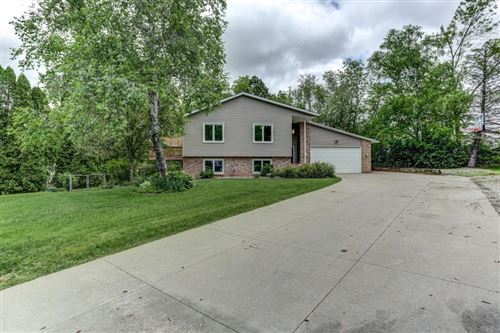 Photo of 16800 Kenmore Drive, Lakeville, MN 55044 (MLS # 5570902)