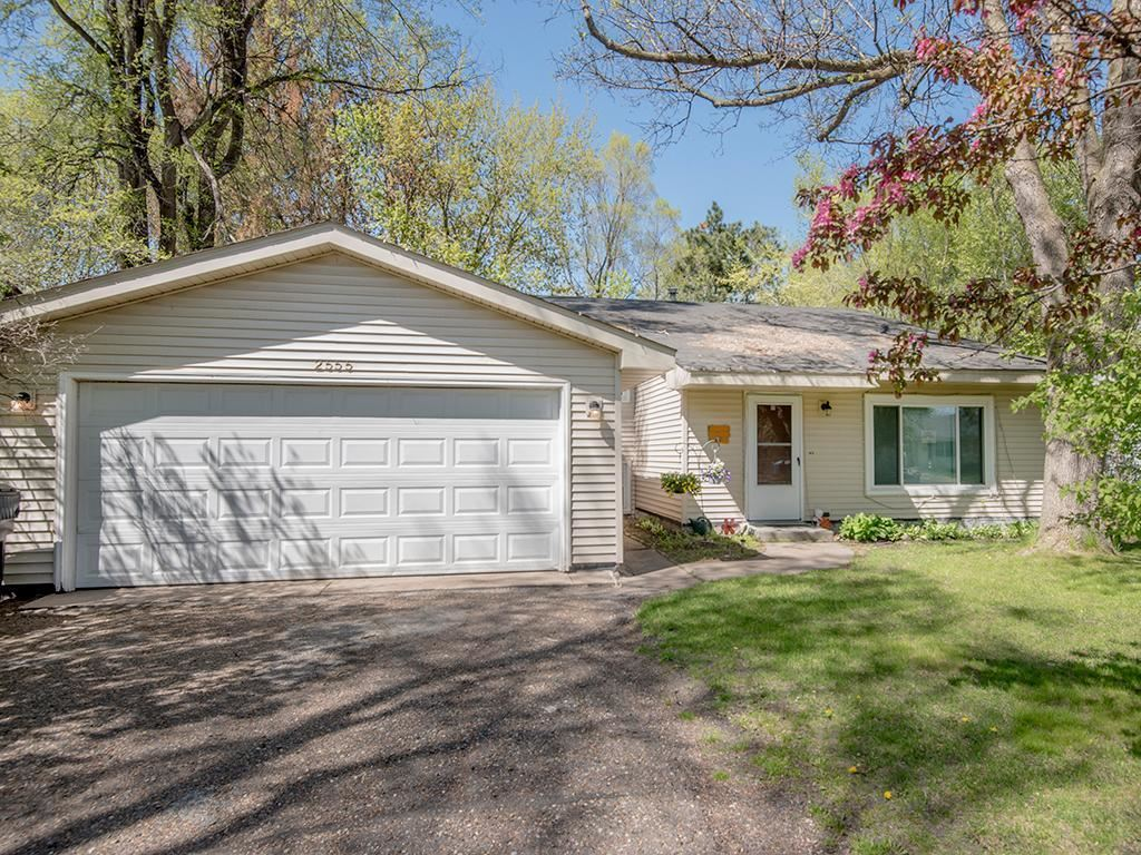 2555 Ridge Lane, Mounds View, MN 55112 - MLS#: 5753902
