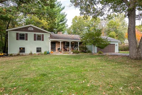 Photo of 641 Proehls Trail, Hudson, WI 54016 (MLS # 5664903)