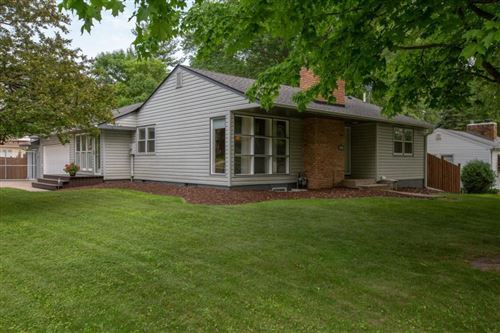 Photo of 2944 Noble Avenue N, Golden Valley, MN 55422 (MLS # 5579905)