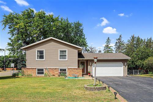 Photo of 16479 Glengary Court W, Lakeville, MN 55068 (MLS # 6011905)