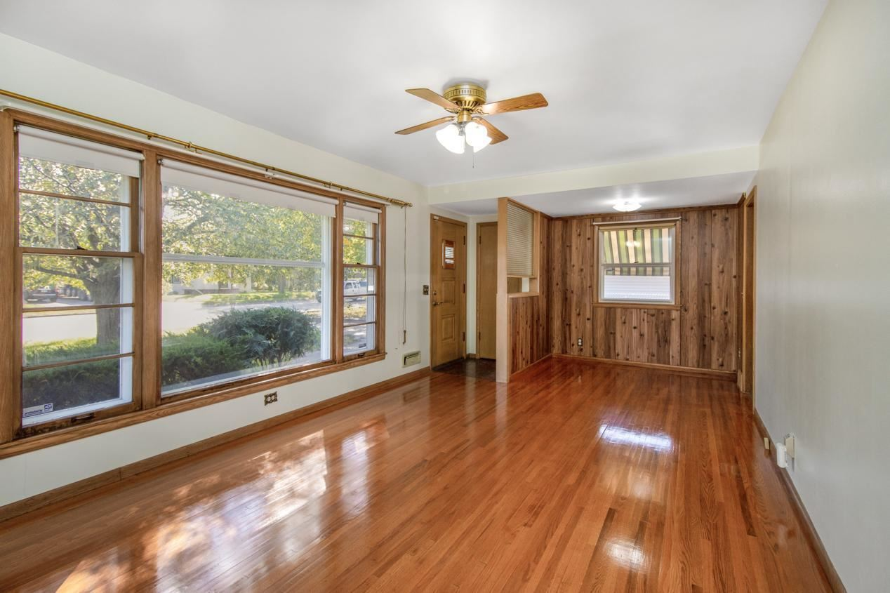 Photo of 8412 Portland Avenue S, Bloomington, MN 55420 (MLS # 6102910)
