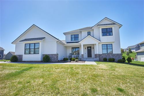 Photo of 5387 Scenic Oak Drive SW, Rochester, MN 55902 (MLS # 5750918)