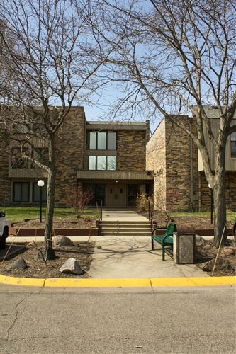 Photo of 450 Ford Road #127, Saint Louis Park, MN 55426 (MLS # 5729937)