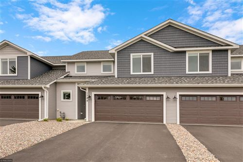 Photo of 1587 Southpoint Drive, Hudson, WI 54016 (MLS # 5642938)
