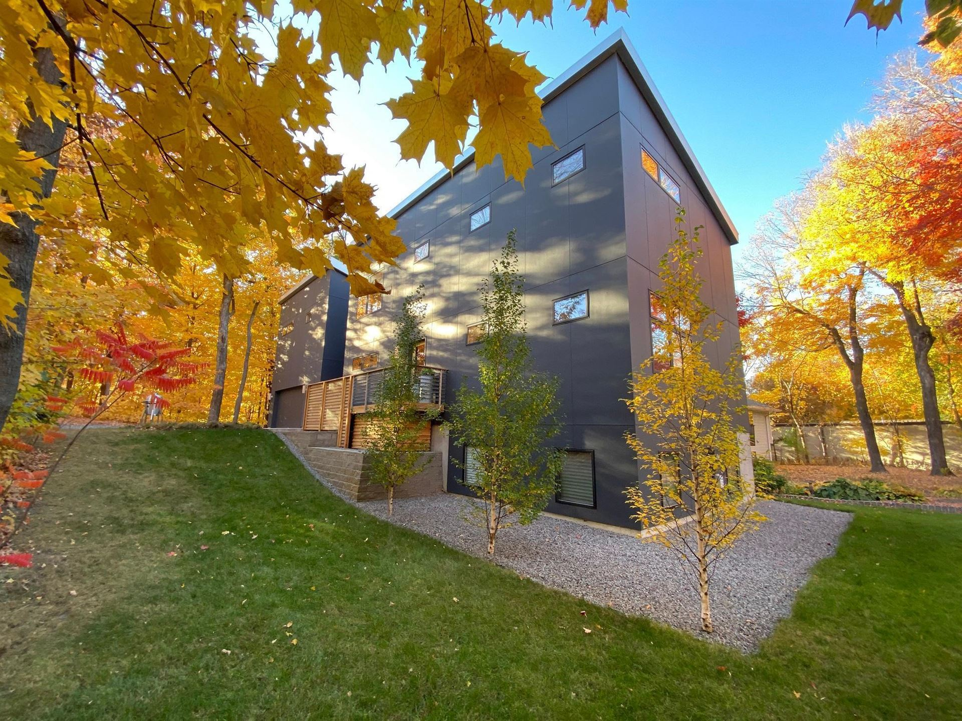 21160 Forest Drive, Shorewood, MN 55331 - #: 5672947