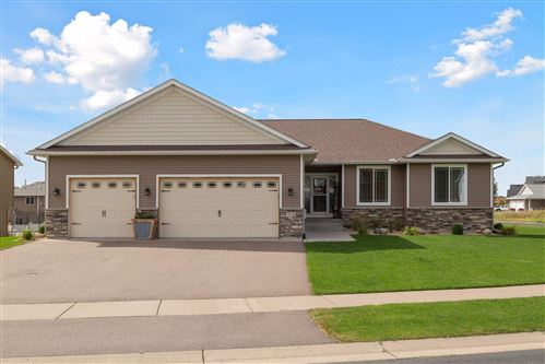 Photo of 31186 Algonquin Trail, Chisago City, MN 55013 (MLS # 5641951)