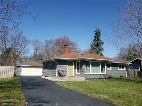 Photo of 2913 Noble Avenue N, Golden Valley, MN 55422 (MLS # 5549957)