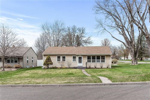 Photo of 1655 Sandhurst Avenue E, Maplewood, MN 55109 (MLS # 5715962)