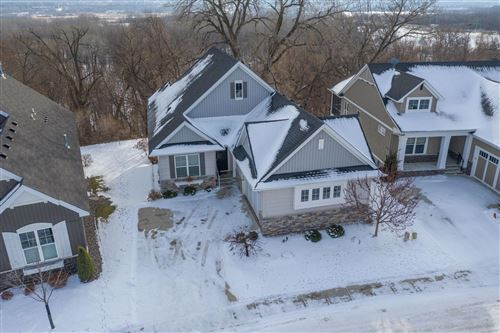 Photo of 10755 Lyndale Bluffs Trail, Bloomington, MN 55420 (MLS # 5698980)