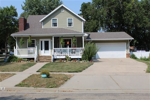 Photo of 118 W Luverne Street, Luverne, MN 56156 (MLS # 5646981)