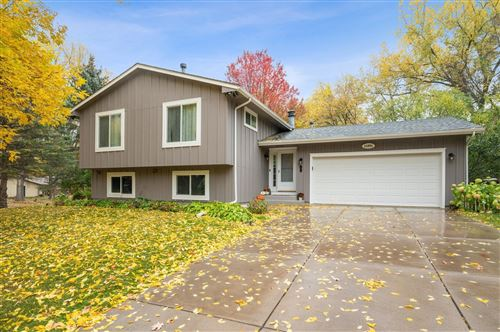 Photo of 11201 Red Fox Drive, Maple Grove, MN 55369 (MLS # 6117983)