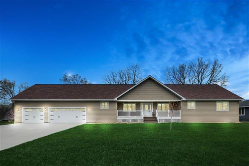 Photo of 901 2nd Street E, Hastings, MN 55033 (MLS # 5732993)