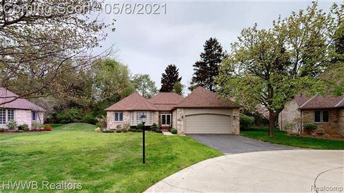 Tiny photo for 32288 SPRUCE LN, Beverly Hills, MI 48025-3596 (MLS # 40170004)