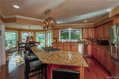 Tiny photo for 45 ORCHARD LN, Bloomfield Hills, MI 48304-3455 (MLS # 30780007)