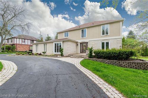 Photo of 4250 MARGATE LN, Bloomfield Hills, MI 48302-1626 (MLS # 40077011)