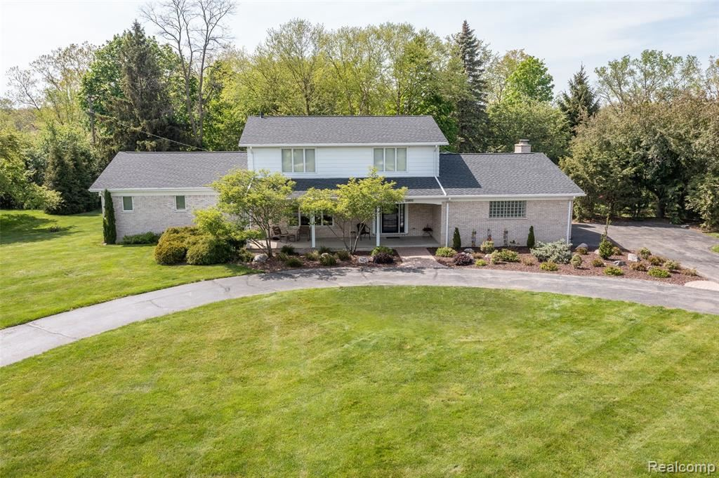 Photo for 21800 NORMANDALE ST, Beverly Hills, MI 48025-4860 (MLS # 40195011)