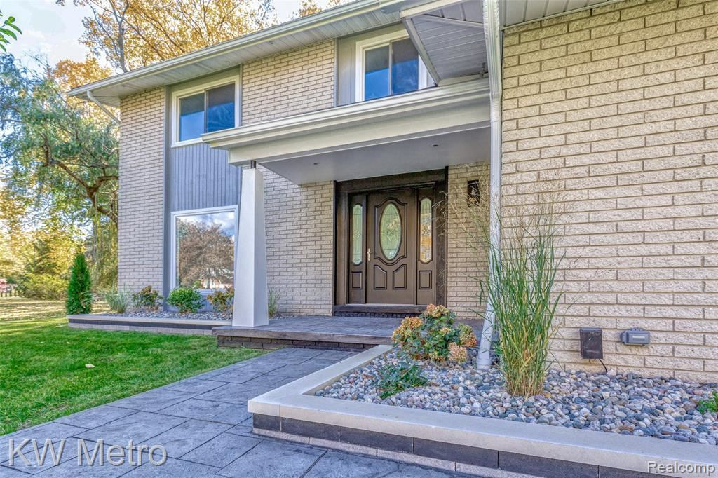 Photo for 21655 NORMANDALE ST, Beverly Hills, MI 48025-4857 (MLS # 40121012)