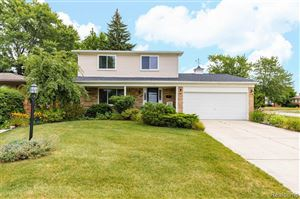 Photo of 34010 FOXBORO RD, Sterling Heights, MI 48312-5634 (MLS # 40001015)