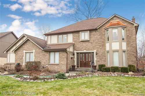 Photo of 56761 COPPERFIELD DR, Shelby Township, MI 48316-4812 (MLS # 40007020)