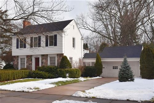 Photo of 18241 KIRKSHIRE AVE, Beverly Hills, MI 48025-3148 (MLS # 40028023)