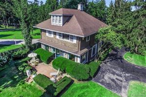 Photo of 888 LAKE SHORE RD, Grosse Pointe Shores, MI 48236-1271 (MLS # 21649032)
