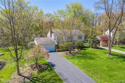 Photo of 31445 OLD CANNON RD, Beverly Hills, MI 48025- (MLS # 40060033)
