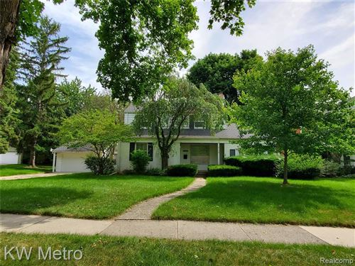 Photo of 2108 VINSETTA BLVD, Royal Oak, MI 48073-5023 (MLS # 40088036)