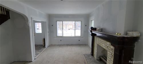 Tiny photo for 585 CHALMERS ST, Detroit, MI 48215-3239 (MLS # 40147037)