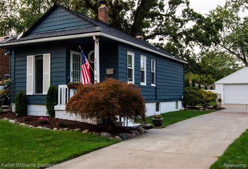 Photo of 1613 MIDLAND BLVD, Royal Oak, MI 48073-5602 (MLS # 40235050)