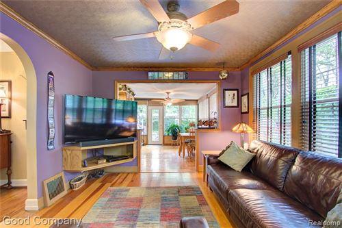 Tiny photo for 9 SYLVAN AVE, Pleasant Ridge, MI 48069-1235 (MLS # 40185051)