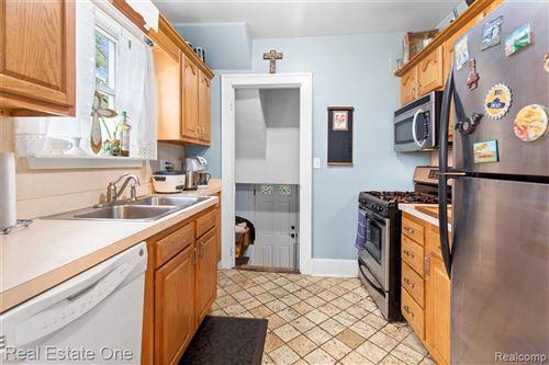 Tiny photo for 349 E HAZELHURST ST, Ferndale, MI 48220-2805 (MLS # 40196053)