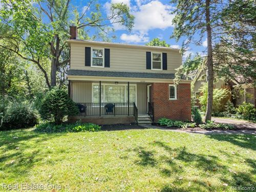 Photo of 15725 AMHERST AVE, Beverly Hills, MI 48025- (MLS # 40091054)