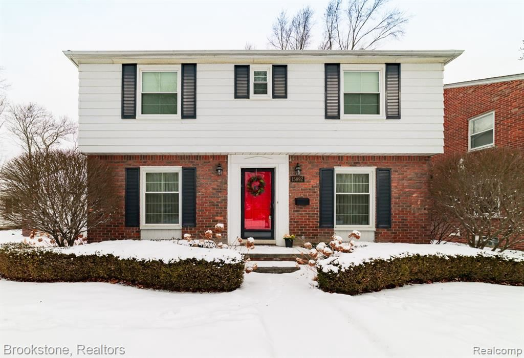 Photo for 15892 DUNBLAINE AVE, Beverly Hills, MI 48025-4239 (MLS # 40143054)