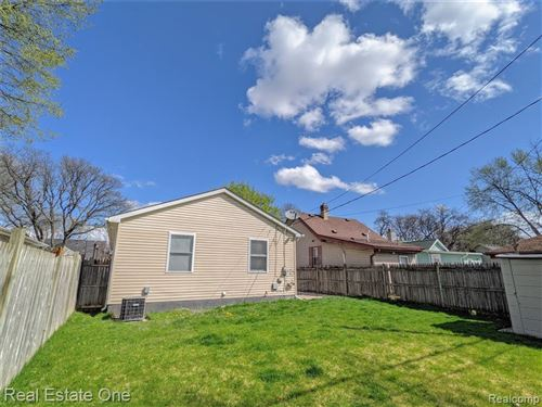 Tiny photo for 1858 ARDMORE DR, Ferndale, MI 48220-2006 (MLS # 40163056)