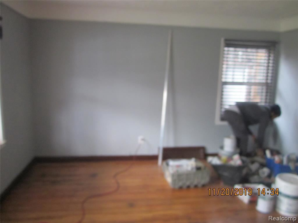 Photo of 8658 BRACE ST, Detroit, MI 48228-3147 (MLS # 40002058)