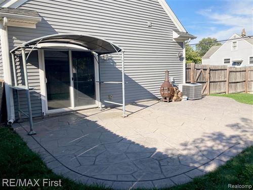Tiny photo for 2340 HAMATA ST, Ferndale, MI 48220-1499 (MLS # 40240060)
