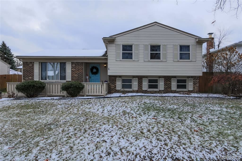 Photo of 14418 RICE DR, Sterling Heights, MI 48313-2933 (MLS # 40007065)