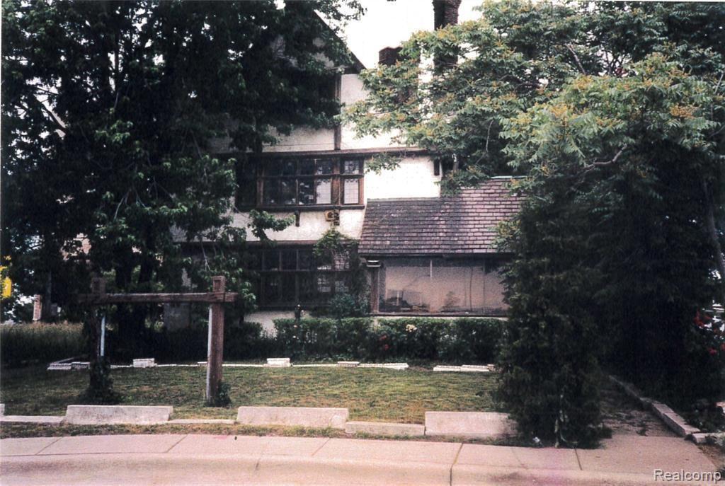Photo for 1989 W GRAND BLVD, Detroit, MI 48208-1020 (MLS # 40124066)