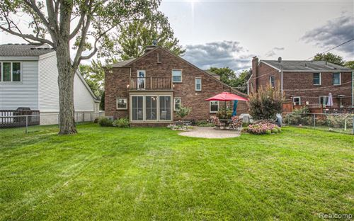 Tiny photo for 25610 YORK RD, Royal Oak, MI 48067-3056 (MLS # 40103067)