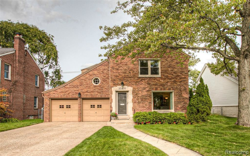Photo for 25610 YORK RD, Royal Oak, MI 48067-3056 (MLS # 40103067)