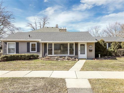 Photo of 343 BEAUPRE AVE, Grosse Pointe Farms, MI 48236-3137 (MLS # 40037079)
