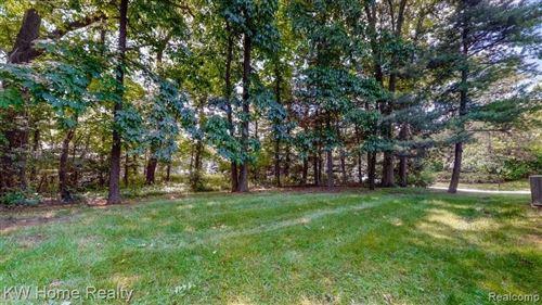 Tiny photo for 5591 N. ADAMS WAY, Bloomfield Township, MI 48302 (MLS # 40186080)