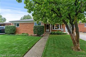 Photo of 26716 NEWPORT AVE, Warren, MI 48089-4554 (MLS # 30774085)