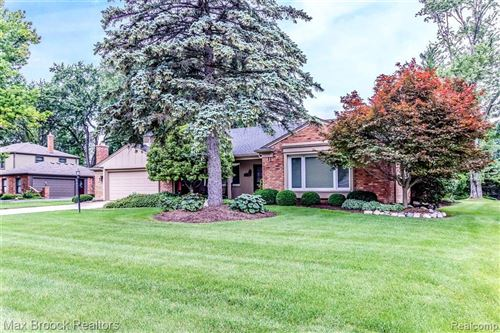 Photo of 22146 CAMELOT CRT, Beverly Hills, MI 48025-3602 (MLS # 40025087)