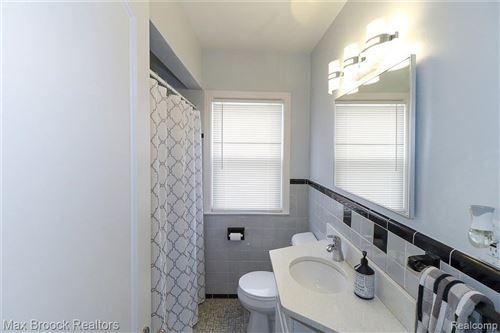 Tiny photo for 1703 N CONNECTICUT AVE, Royal Oak, MI 48067-1449 (MLS # 40245090)